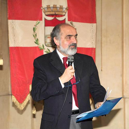 Franco PERETTI