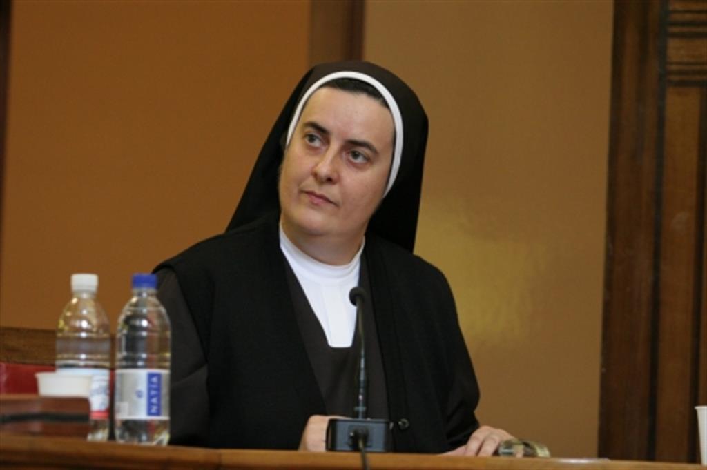 prof.ssa suor MARY MELONE